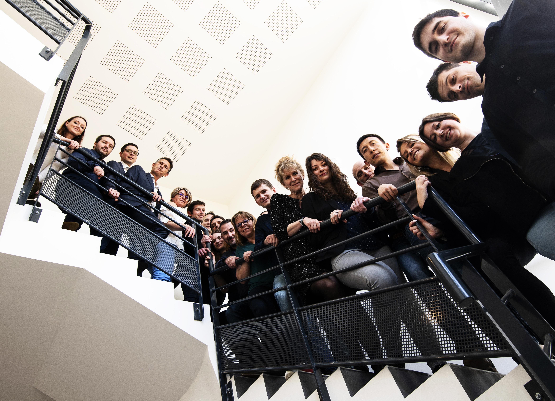 Groupe-escalier-TX2